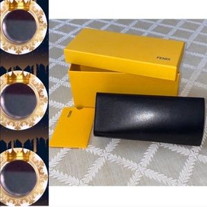 🌲🎁 • 💯Authentic FENDI Sunglasses Case/Box/Auth